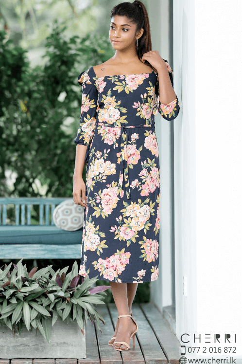 Vactoria Floral printed midi dress